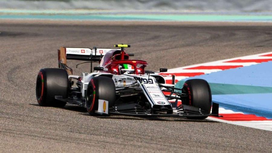 """Raikkonen: """"El coche se siente bien, pero no podemos predecir como irá en carrera"""""""