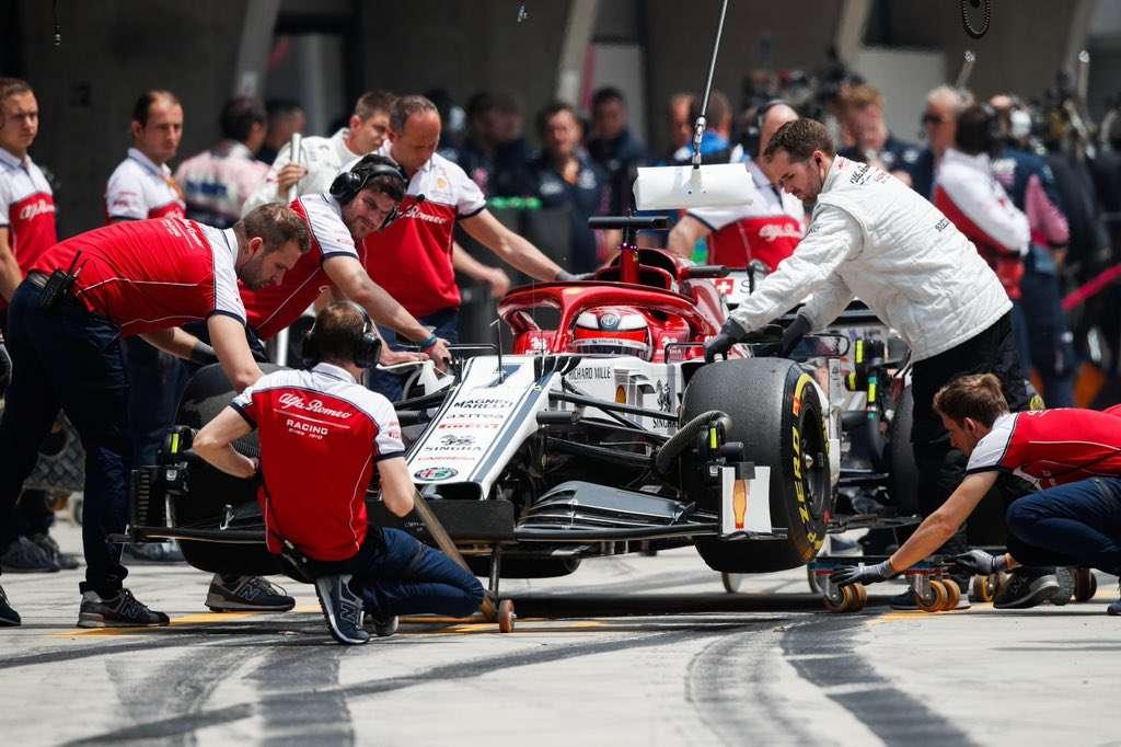 Räikkönen es 13º y Giovinazzi no marca tiempo