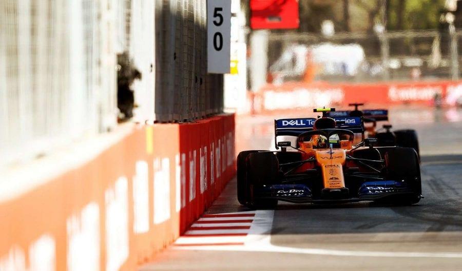 McLaren destaca en las calles de Bakú y asalta el cuarto puesto