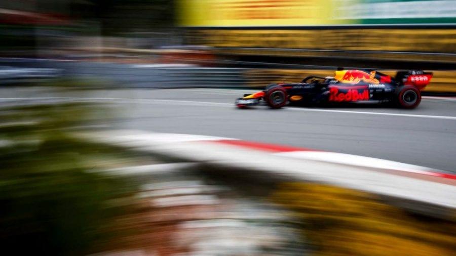 Red Bull acecha la segunda posición de Ferrari en Mónaco