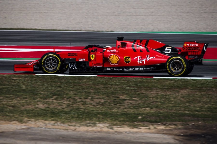 Vettel pierde el podio en España: