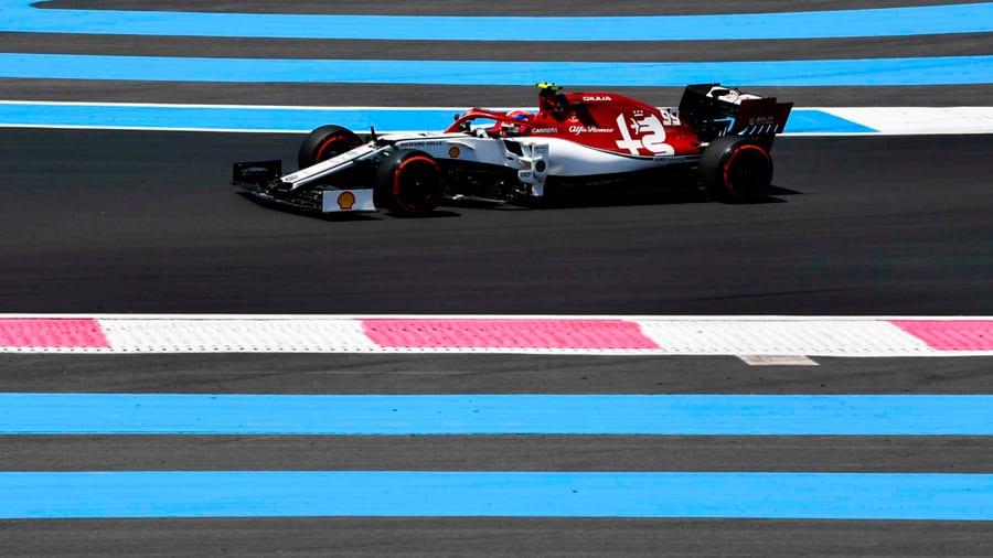 Giovinazzi le gana la partida a Räikkönen y se mete en la Q3