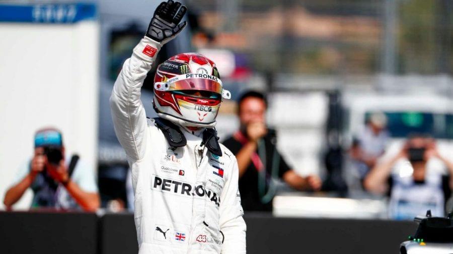 Hamilton, pole en Alemania al aprovechar la incomparecencia de Ferrari