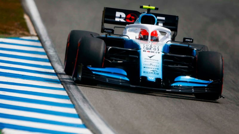 Russell vuelve a ganar a Kubica en clasificación pese a los problemas